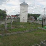 Вид над придорожную каплицу со стороны воинского кладбища. 2004 г.